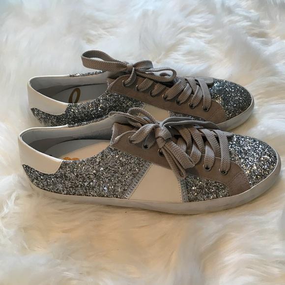 7dd2d722cd8d84 Sam Edelman Baylee Glitter Metallic Sneaker. M 5b5e651bd365be94de6ce825